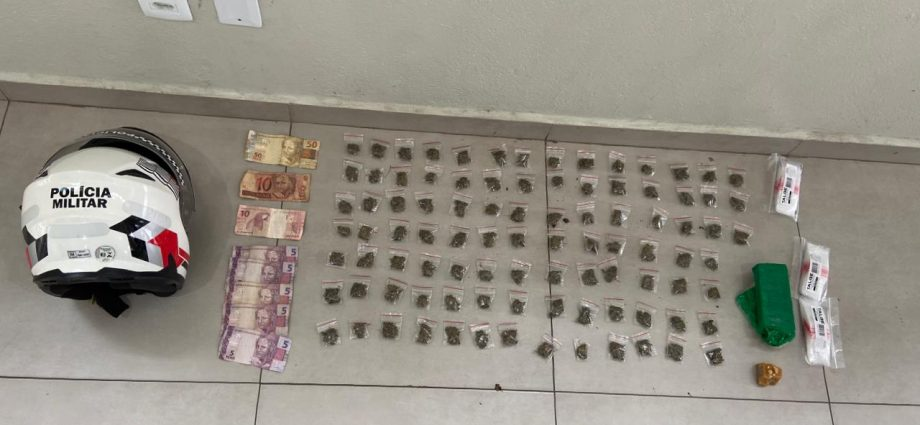 PM flagra dupla com drogas em Bragança Paulista