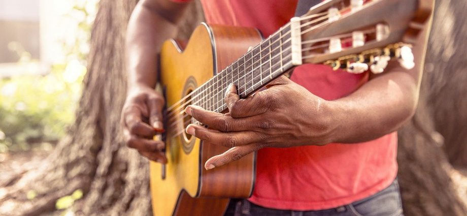 Bragança tem diversas atrações culturais on-line durante a semana