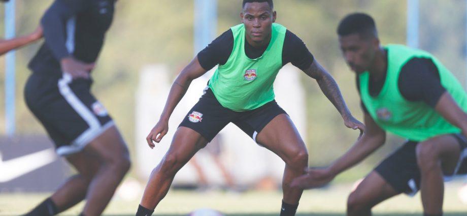 """Federação quer criar """"bolha"""" para retomada do Paulistão 2021. Enquanto campeonato não retoma, Bragantino foca na Copa do Brasil."""