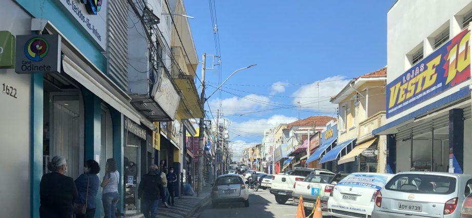 Comércio de Bragança Paulista irá funcionar no Feriado de Tiradentes nesta quarta-feira, 21. Lojas podem funcionar 8 horas por dia.