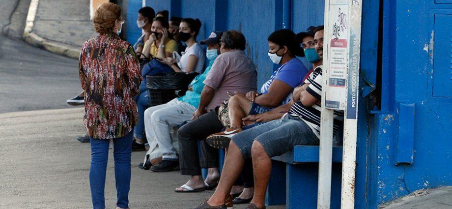 Empresa de ônibus JTP não paga, mas promete fim da greve para esta sexta-feira, 2, em Bragança Paulista.