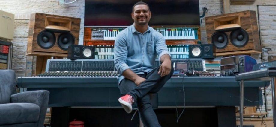 Paolo Almeida lança clipe 'Minha História' nesta sexta em Bragança Paulista. Clipe será disponibilizado no YouTube, às 20h.