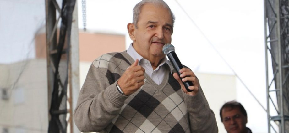 Jesus Chedid não se afastará do cargo de prefeito após sofrer queda, conforme informado pela Secretaria de Comunicação da Prefeitura.
