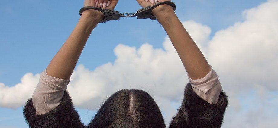 PM prende procurada por roubo em Bragança
