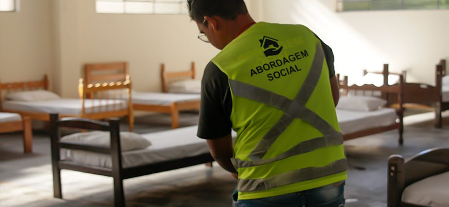 Prefeitura de Atibaia leva 19 moradores de rua para Casa de Passagem